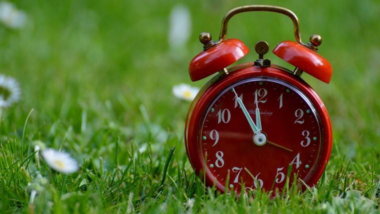 長い時間を示す時計
